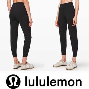 🦊Black Lululemon Align Joggers
